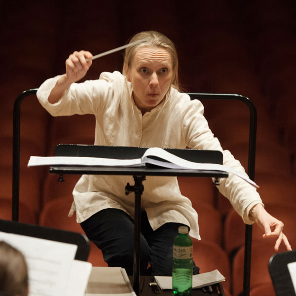 Jessica Horsley conductor
